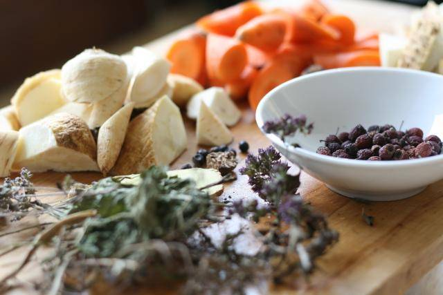 Vegetable stock with herbs